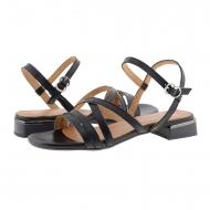 Sandali piatti con cinturini incrociati in pelle nera