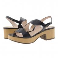 Sandali in pelle nera D-8813-P Wonders